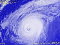Typhoon Wallpaper Image : Typhoon 200401 (SUDAL) : Typhoon 200401 with the giant eye of about 100km in diameter on 0200 UTC.