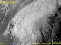 Typhoon Wallpaper Image : Typhoon 200404 (CONSON) : Mountainous cumulonimbus clouds surrounding the center (0900 UTC)