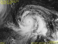 Typhoon Wallpaper Image : Typhoon 200416 (CHABA) : Typhoon CHABA reaching the mature stage (0000 UTC)