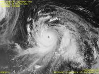 Typhoon Wallpaper Image : Typhoon 200416 (CHABA) : Typhoon CHABA with the very clear-cut eye (0600 UTC)