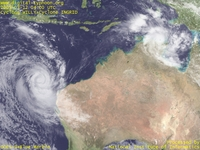 Typhoon Wallpaper Image : 2005 Cyclone INGRID : Cyclone WILLY in west of Australia (left) and Cyclone INGRID in north of Australia (right) (March 12, 2005, 0400 UTC)