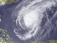 Typhoon Wallpaper Image : Typhoon 200503 (SONCA) : Typhoon SONCA keeping its intensity while its cloud shape getting a little weaker (0500 UTC)