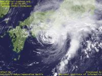 Typhoon Wallpaper Image : Typhoon 200813 (SINLAKU) : Typhoon 200813 keeping its intensity in south of Shikoku (03 UTC)