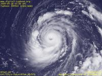 Typhoon Wallpaper Image : Typhoon 200914 (CHOI-WAN) : Typhoon CHOI-WAN with a larger eye and sloped eyewall clouds (03 UTC)